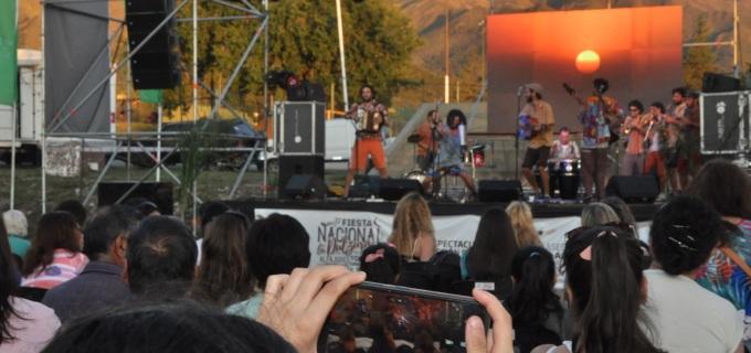 Ponele dulce, música y baile a este intenso finde largo! Se viene la 28° Fiesta Nacional de la Dulzura en la Villa de Merlo