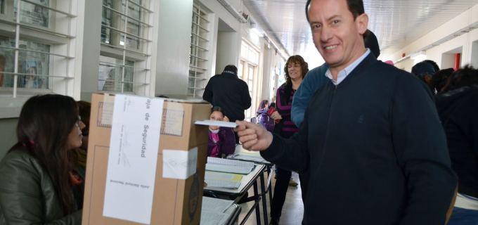 """El intendente de Tupungato Soto:  """"La democracia nos brinda una oportunidad para elegir quiénes son nuestros mejores representantes"""""""