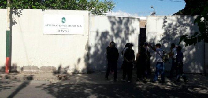Trabajadores mendocinos denuncian despidos en el sector procesados, bodega y fincas de Atilio Avena en Guaymallén