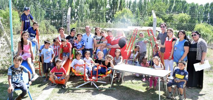 Importante estrategia de acción social para espacios rurales de Primera Infancia y Desarrollo Infantil: En Tupungato recibieron elementos didácticos, electrodomésticos, juegos infantiles y mobiliario