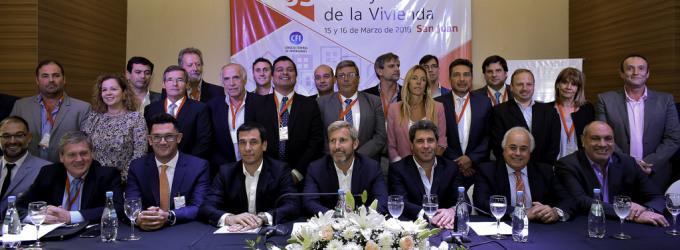 El ministro Frigerio en San Juan: El Gobierno de Mauricio Macri detectó irregularidades con fondos para viviendas y reforzará el control
