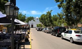 Sumate vos también a una Semana Santa muy especial en la Villa de Merlo con una festividad bien puntana, una mixtura de artesanos y cerveceros en la plaza central y el turismo religioso