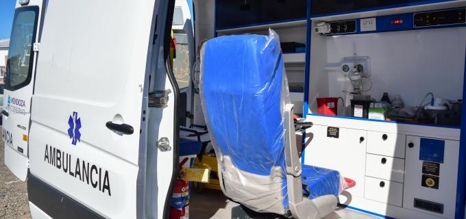 """El Hospital """"Las Heras"""" de Tupungato ya tiene una nueva ambulancia 0km para mejorar la atención sanitaria en la Región del Valle de Uco"""