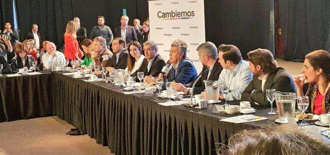 Sin Macri, ni Carrió, con Cornejo y Peña, Cambiemos juntó a la tropa para definir su agenda de cara a diciembre y 2019