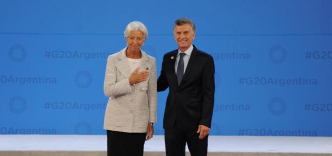 """La titular del Fondo Monetario Internacional, Christine Lagarde felicitó a Mauricio Macri por el plan de ajuste implementado en nuestro país """"al pie de la letra"""""""